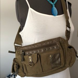 Handbags - Great bag for casual days